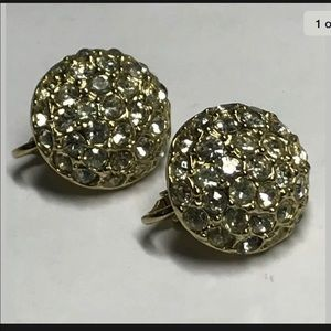 Antique sparkly rhinestone clip on earrings.